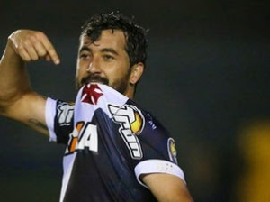 Douglas gol Vasco Ponte